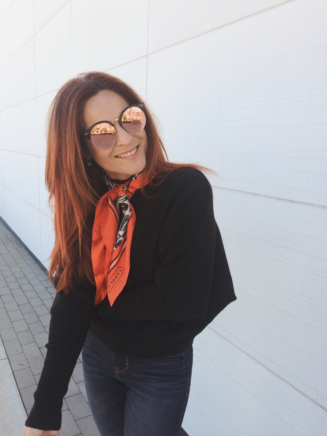 fall accessories, fall trends, silk scarves, how to wear a silk scarf around the neck