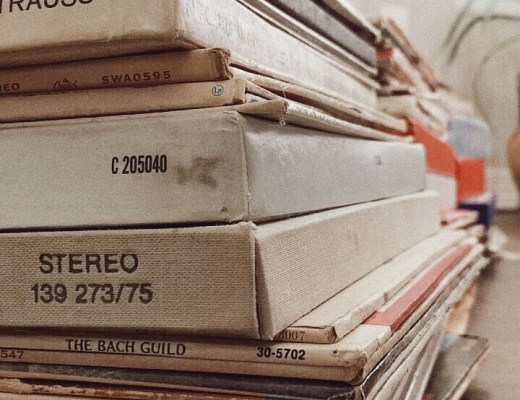 vinyl collection, records, vintage music, classic music, weekend vibes, music blogs