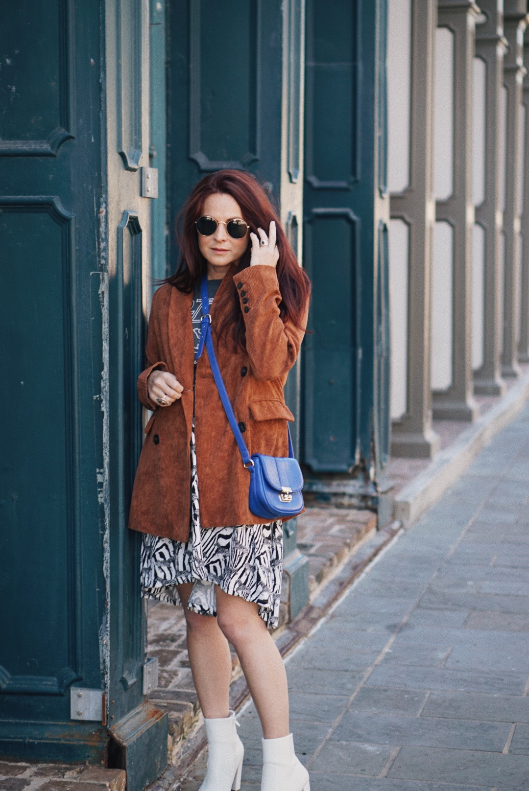 blue and brown outfit, animal print outfits, white boot outfits, blue bags