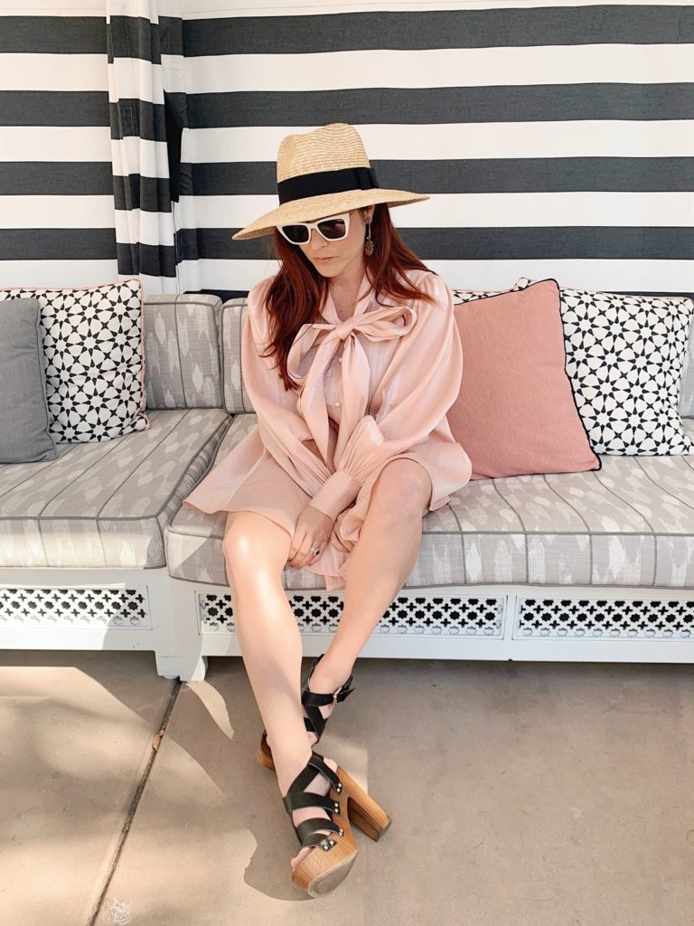 restort outfit ideas, pink dress inspiration, dresses with bow ideas, how to style clog sandals, outfits with hat ideas, spring style ideas