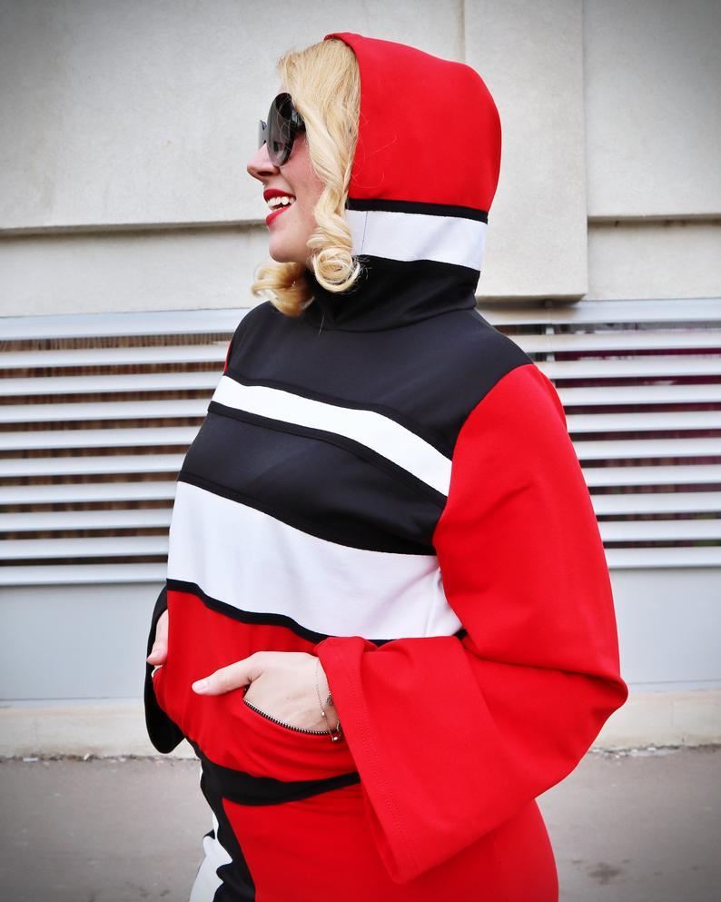 block color suit