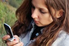 बच्चों की आदतें ही नहीं, सेहत भी बिगाड़े मोबाइल