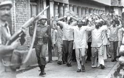 हाशिमपुरा नरसंहार : 42 मुसलमानों की हत्या में पुलिस बरी