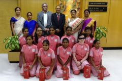 बैंक ऑफ महाराष्ट्र ने नेत्रहीन बालिकाओं को किया पुरस्कृत