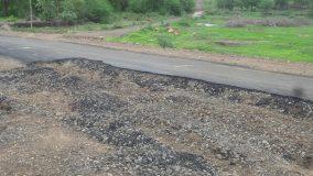 2 करोड़ की सड़क कैसे टिकेगी बारिश में, जिम्मेदार कौन