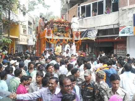 Lord Jagannath Rath Yatra pilgrims descended