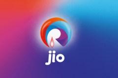 Jio वालों को मिलेगा 1,100GB डेटा फ्री
