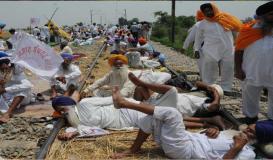 पंजाब में किसान प्रदर्शन, 32 ट्रेनें रद्द