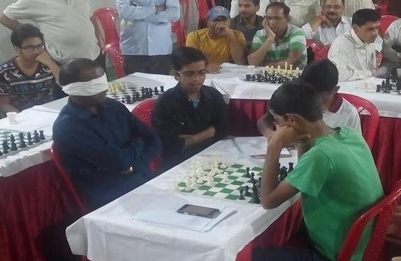 unique move of chess