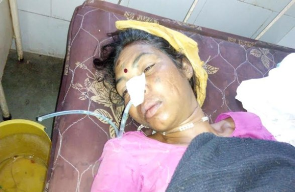 Betul, Madhya Pradesh farmer's wife See electric bill Eaten poison attempted suicide