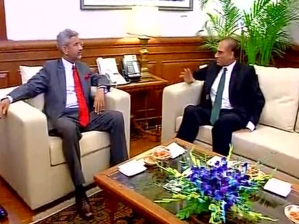 pak foreign secretary meets india foreign secretary s jaishankar