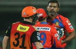 IPL-9: क्यों प्रवीण 'व्हाट' 'व्हाट' कहते हुए वॉर्नर की तरफ बढ़े
