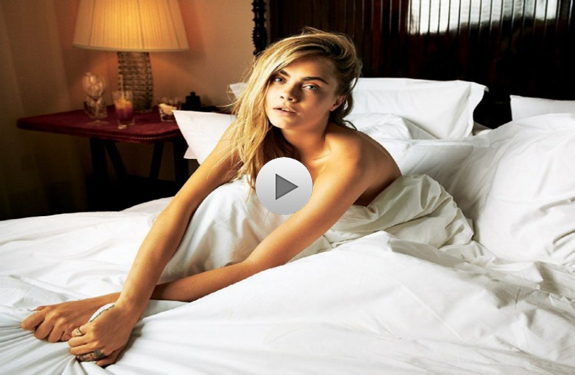 cara-delevingne-Hollywood-Sex-In-Plane-News-In-Hindi