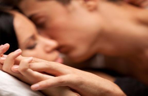 bedroom-couple-sex-romance