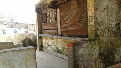 amethi-not-facilities-rahul-gandhi-textiles-minister-smriti-irani-samajwadi-party