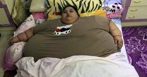 500 किलो की महिला, ट्रक से अस्पताल पहुंचाया