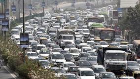 सुप्रीम कोर्ट ने क्यों लगाई 8.24 लाख वाहनों की बिक्री पर रोक