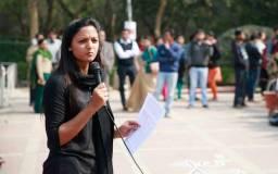 वीएचपी नेता ने चुराया मेरा बुर्का