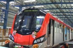 लखनऊ में मेट्रो शुरू, योगी, राजनाथ ने दिखाई हरी झंडी