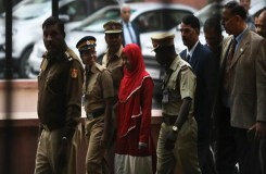 लव जिहाद केस, हदिया के पिता बोले-परिवार में आतंकवादी नहीं चाहिए