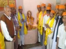गोडसे की मूर्ति हटाई तो गांधी की मूर्तियां भी सुरक्षित नहीं रहेंगी- हिन्दू महासभा