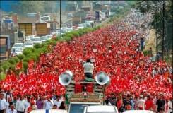 मुंबई में क्यों डटे हज़ारो किसान? जाने