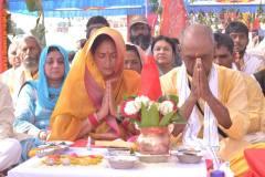 नर्मदा परिक्रमा : CM पद का दावेदार नहीं – दिग्विजय सिंह