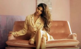 सुहाना खान ने कराया हॉट फोटोशूट, बनी कवर पेज गर्ल