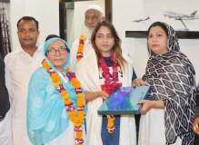 महिला पायलट बनकर खदीजतुल कुबरा ने फतेहपुर का नाम किया रोशन