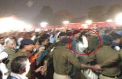 रेल मंत्री पीयूष गोयल को कर्मचारियों ने खदेड़ा, जमकर हुआ हंगामा