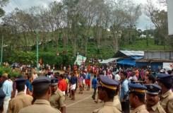 सबरीमाला मंदिर : हिंदू महिला नेता की गिरफ्तारी के बाद हंगामा, केरल बंद