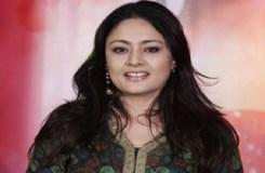 भाजपा की महिला नेता का आरोप, भीड़ ने मेरे कपड़े फाड़े