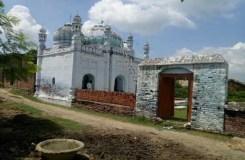 गांव में एक भी मुस्लिम परिवार नहीं, हिंदू करते हैं मस्जिद की देखरेख, होती है पांच वक्त की नमाज