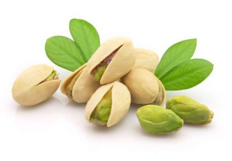 Pistachio-is-effective-for-glowing-skin-and-healthy-hair