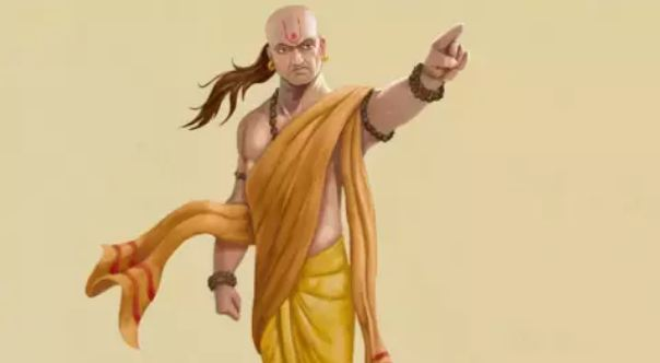Chanakya-Niti-These-6-things-come-from-luck-and-virtue-do-you-have-them-1