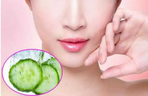 To-make-the-lips-soft-and-pink-plant-this-paste