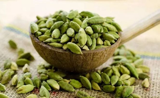 Cardamom-is-the-best-remedy-for-these-diseases-how-to-use