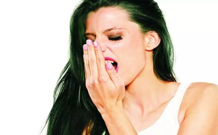 When-stench-starts-coming-from-the-mouth-follow-this-home-remedy