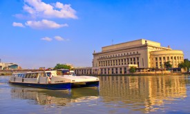 Manila_Central_Post_office_by_the_Pasig_river