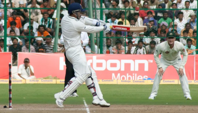 Sehwag_plays_a_shot