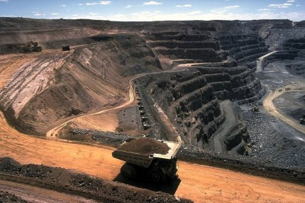 Strip_coal_mining