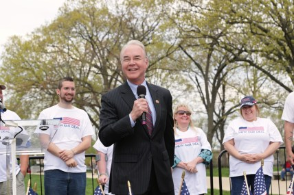 U.S._Congressman_Tom_Price_speaking_at_Freedomworks_New_Fair_Deal_Rally_outside_the_US_Capitol