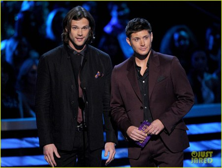 J2 at the People's Choice Awards 2013