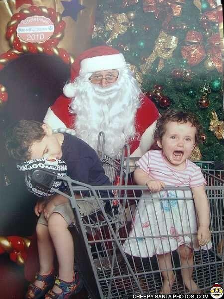 13c6978418f49ea63477f40ccf34c8dc awkward funny bad santa - The Worst Santa's Lap Photos to Ruin Your Christmas
