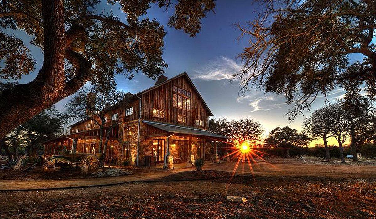 The Party Barn TGBuilder