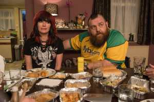 Lena Headey (left) as Julia Knight and Nick Frost (right) as Ricky Knight in FIGHTING WITH MY FAMILY, directed by Stephen Merchant, a Metro Goldwyn Mayer Pictures film. Credit: Robert Viglasky / Metro Goldwyn Mayer Pictures © 2018 Metro-Goldwyn-Mayer Pictures Inc.  All Rights Reserved.