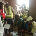 #EkitiGovernorshipElection2018: PDP governor unable to vote, after card reader fails