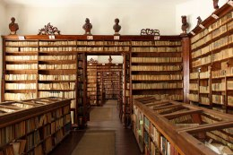 Klimo Könyvtár - Hártyaterem