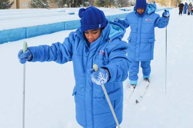 Zambian children and their friends enjoying a Russian winter at the