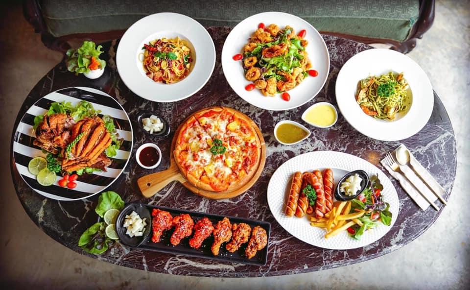 ร้านอาหารริมน้ำ กาญจนบุรี RAVI RIVA CAFE